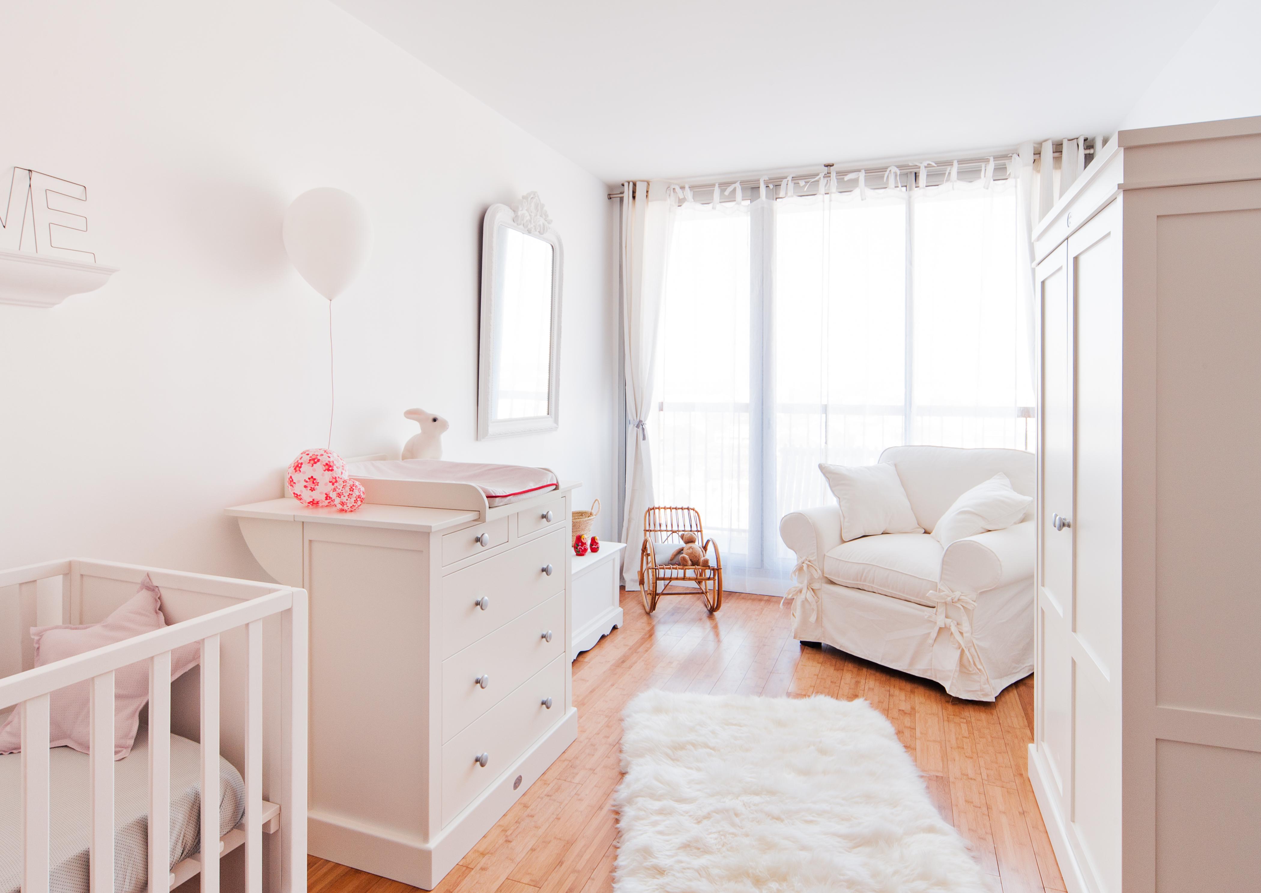 Chambre de b b marion alberge d coratrice d 39 int rieur for Lit bebe petit espace