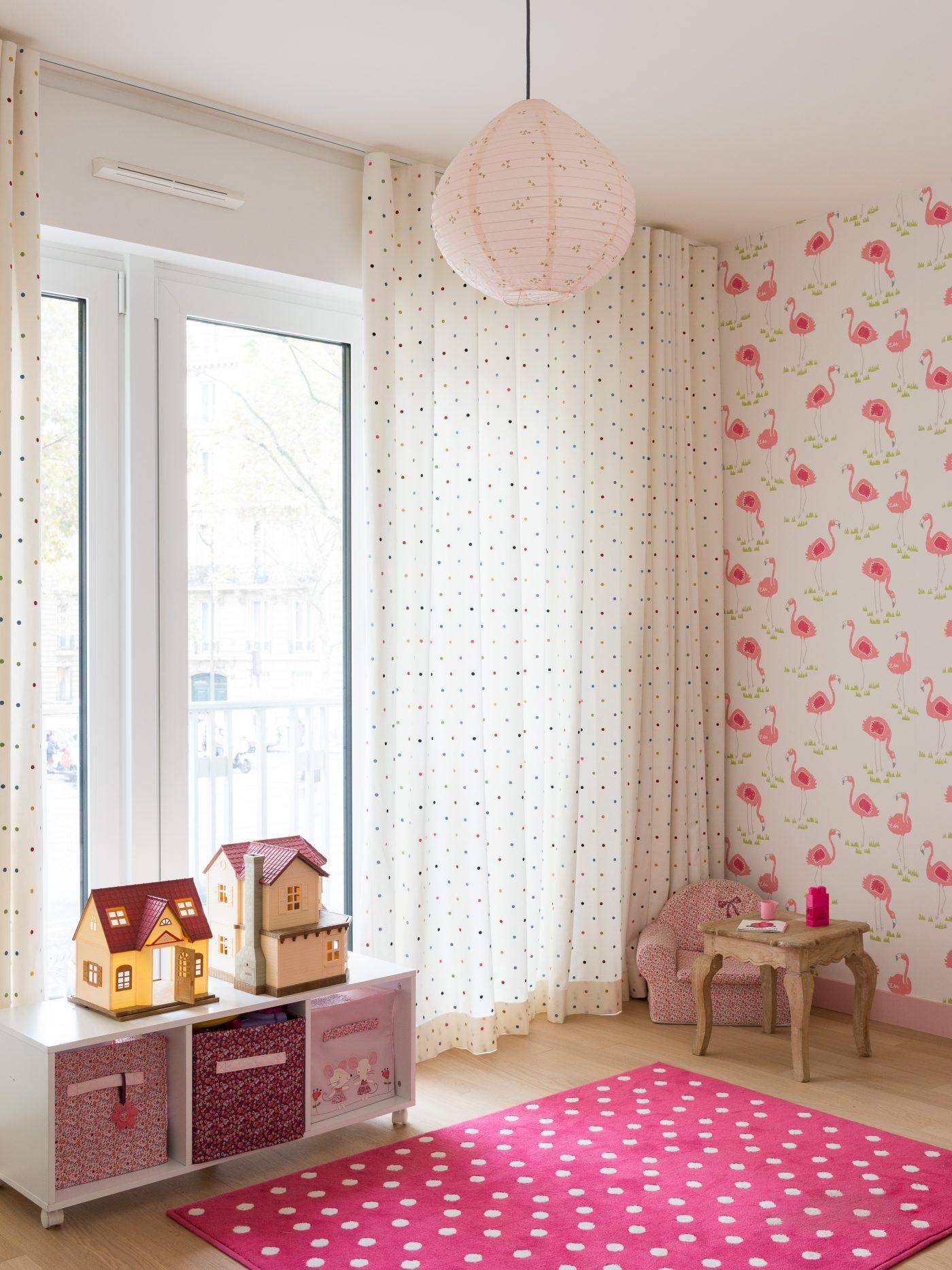 Deco paris chambre fille top peinture chambre bebe neutre - Decoration chambre paris ...