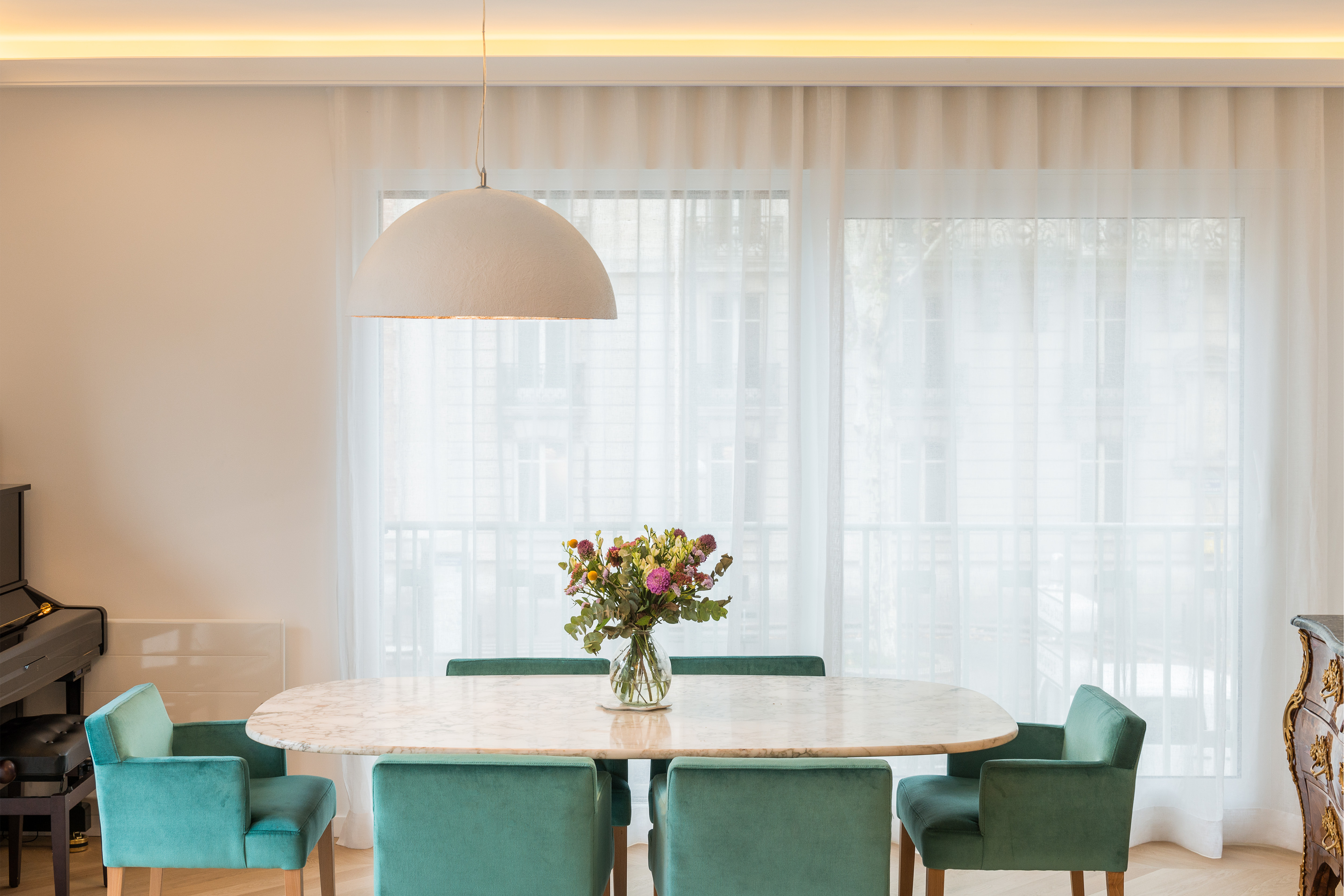 awesome appartement de m parc monceau paris me with dcorateur d intrieur connu. Black Bedroom Furniture Sets. Home Design Ideas